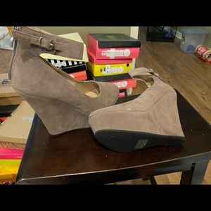 Tan wedge heel strap around the ankle